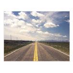 Paisaje hermoso de la carretera tarjetas postales