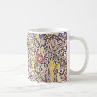 Paisaje hortícola con una cumbre taza clásica