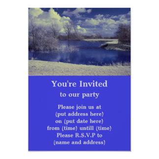 """Paisaje infrarrojo en azul con el lago invitación 5"""" x 7"""""""