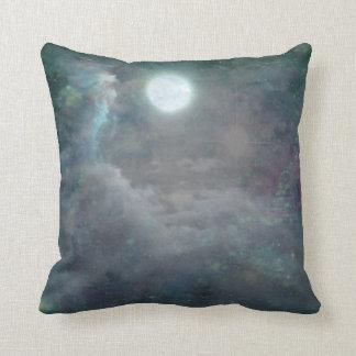 Paisaje mágico del azul de la Luna Llena del © P W Almohadas