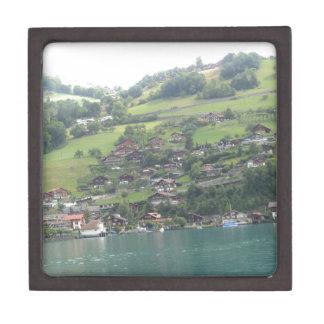 Paisaje maravilloso en Suiza Caja De Regalo De Calidad