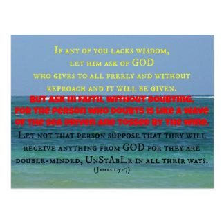 Paisaje marino azul con verso de la biblia de Jame Tarjetas Postales