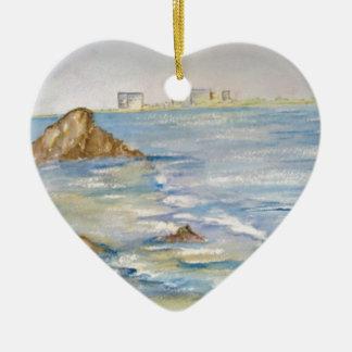 Paisaje marino adorno de cerámica en forma de corazón