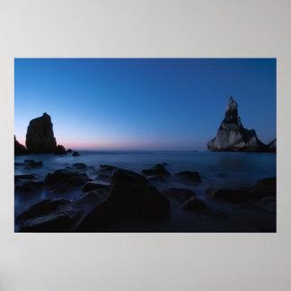 Paisaje marino después de la puesta del sol póster