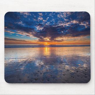 Paisaje marino dramático, puesta del sol, CA Mousepads