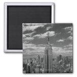 Paisaje negro y blanco del horizonte de New York C Imán Cuadrado