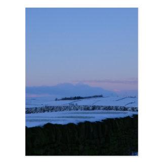 Paisaje Nevado en Yorkshire en el amanecer Postal
