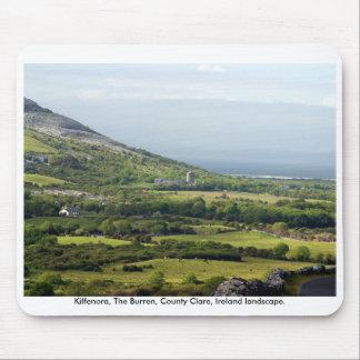 Paisaje rural de Irlanda, el Burren, Co. Clare Alfombrillas De Ratón
