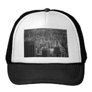 Paisaje urbano blanco y negro de Nueva York Gorro