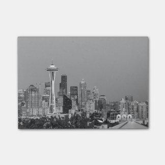 Paisaje urbano blanco y negro de Seattle Notas Post-it®