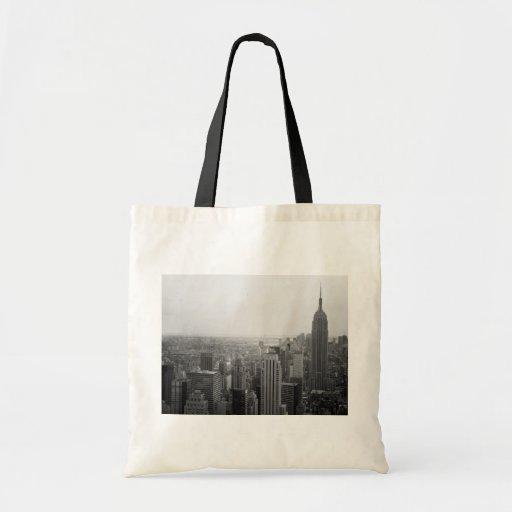 Paisaje urbano blanco y negro del horizonte de NYC Bolsas Lienzo