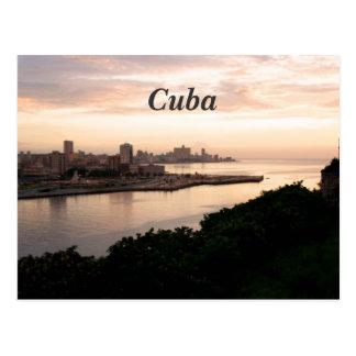 Paisaje urbano cubano tarjeta postal