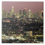 Paisaje urbano de Los Ángeles en la noche Azulejo Cuadrado Grande