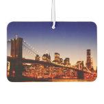Paisaje urbano de Nueva York con el puente sobre