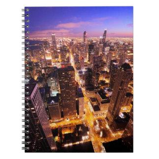 Paisaje urbano en la noche de Chicago Libretas Espirales