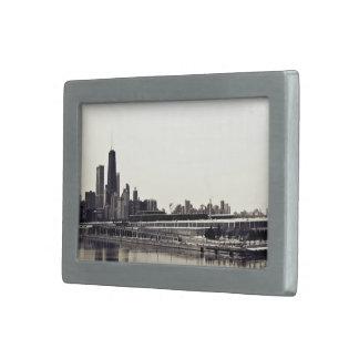 Paisaje urbano temático, rascacielos altos vistos hebillas cinturón rectangulares