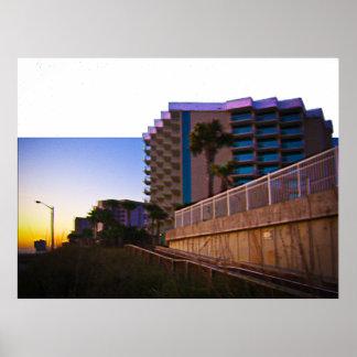 Paisaje y arquitectura costeros tropicales póster