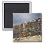 Países Bajos, Amsterdam. Vista del canal de Imán Cuadrado