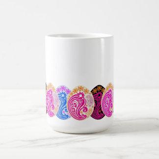 Paisley adornó los huevos taza de café