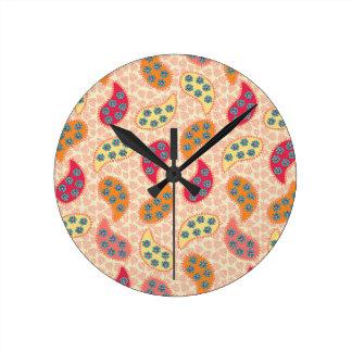 Paisley de baile bonita reloj redondo mediano