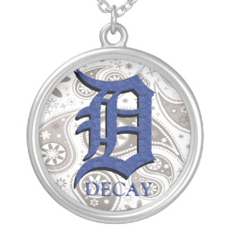 Paisley Decay (necklace) Round Pendant Necklace