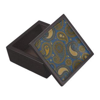 Paisley marrón de color caqui en el adorno azul de cajas de joyas de calidad