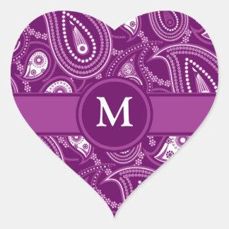 Paisley púrpura y blanca pegatina en forma de corazón