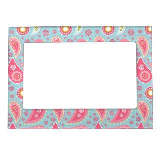 Paisley rosada en la turquesa ligera marcos magneticos de fotos