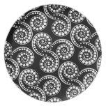 Paisley swirl pattern modern party plates