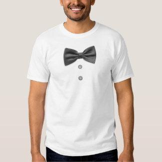 Pajarita y botones negros camisas