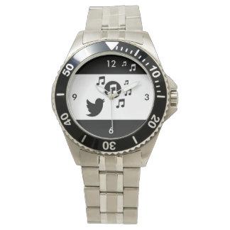Pájaro cantante elegante blanco y negro relojes de pulsera