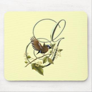 Pájaro cantante G inicial Alfombrillas De Ratón