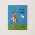 Pájaro chistoso que juega a golf puzzle con fotos