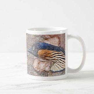 pájaro coloreado ganso enojado del lápiz tazas