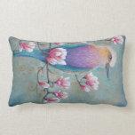 Pájaro de Holi del indio en la almohada de Magnoli