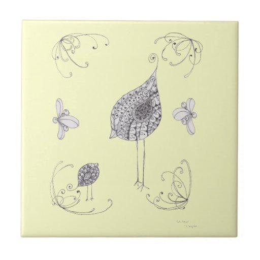 Pájaro de la mamá y de bebé azulejo