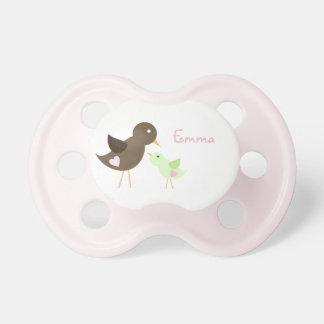 Pájaro de la mamá y de bebé chupete de bebe
