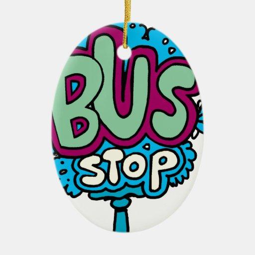 Pájaro de la parada de autobús adorno navideño ovalado de cerámica
