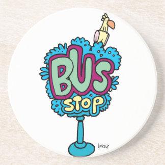 Pájaro de la parada de autobús posavaso para bebida