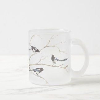 Pájaro de la urraca, naturaleza, taza del vidrio