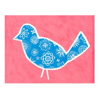 Pájaro decorativo con los modelos en fondo rosado tarjeta postal