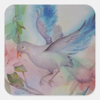 Pájaro del amor en azul y rosa pegatina cuadrada