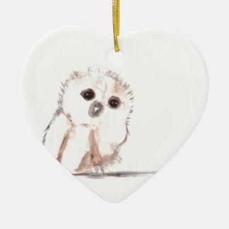 Pájaro del búho del bebé pequeño adorno de cerámica en forma de corazón