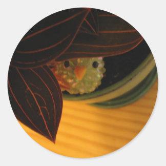 Pájaro del peekaboo pegatina redonda