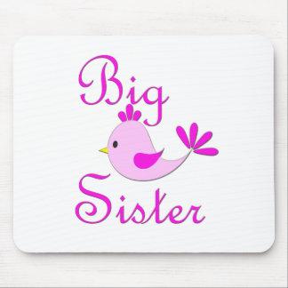 Pájaro del rosa de la hermana grande alfombrillas de ratón