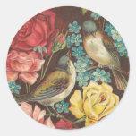 Pájaro del vintage y pegatinas color de rosa pegatina redonda
