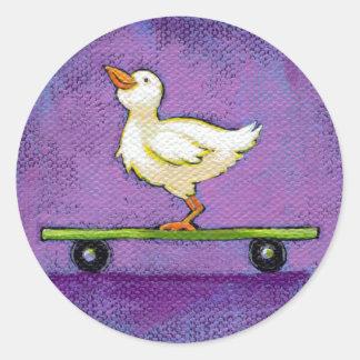 Pájaro en arte único caprichoso de la pintura de pegatina redonda