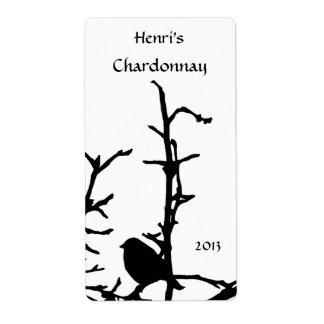Pájaro en el vino blanco de la rama etiqueta de envío
