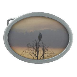 Pájaro en la hebilla del cinturón 160 del árbol hebilla de cinturon oval