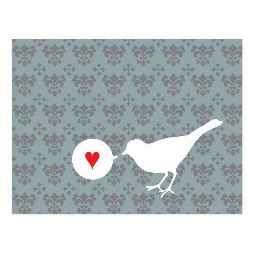 Pájaro en postal del amor
